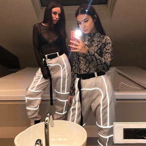2019 New Sexy Reflective Patchwork Buckles Sashes Pants Women Pantalons Sweat Cargo Pants Street Fashion Loose Casual Capris