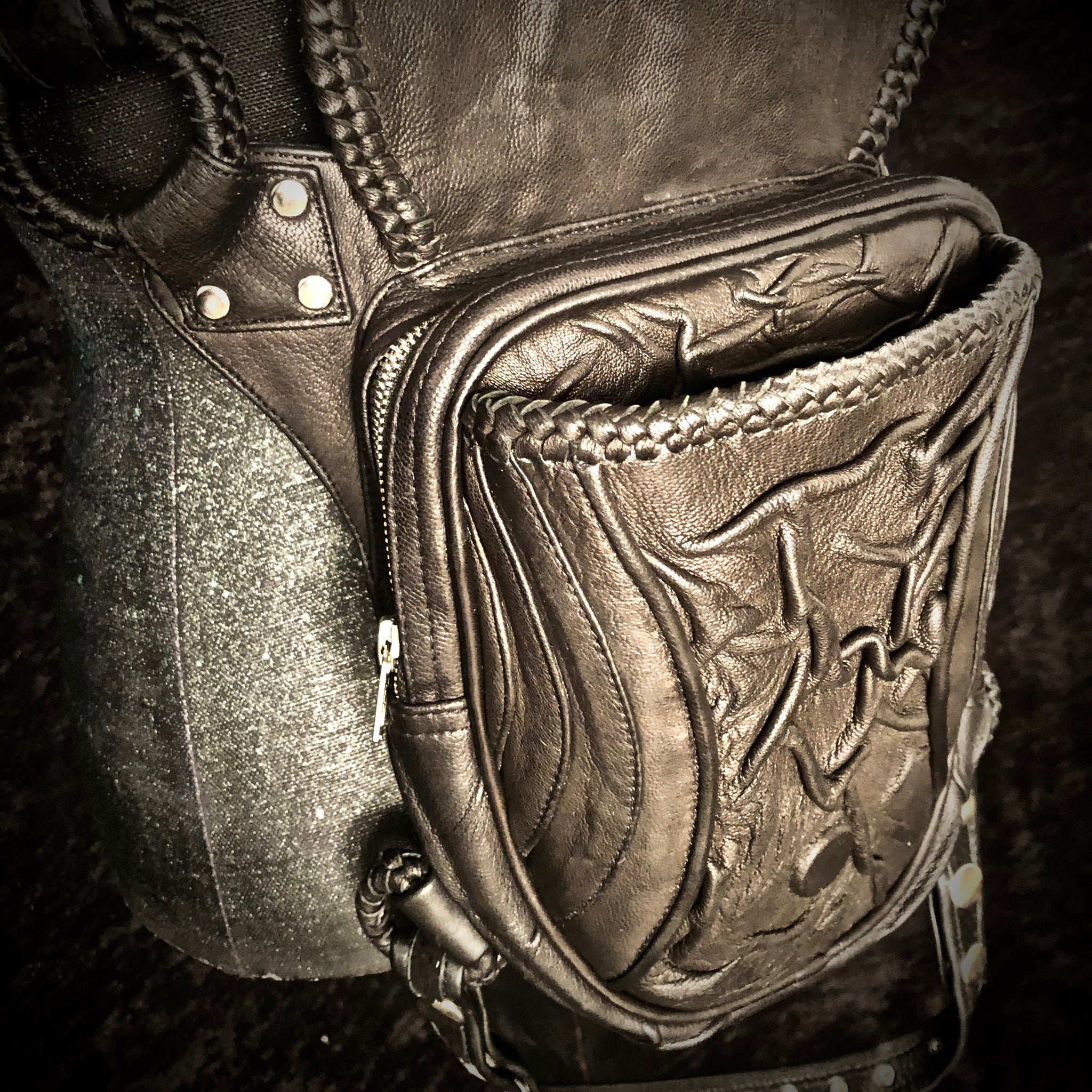 Alien Spine Holster / Purse Bag
