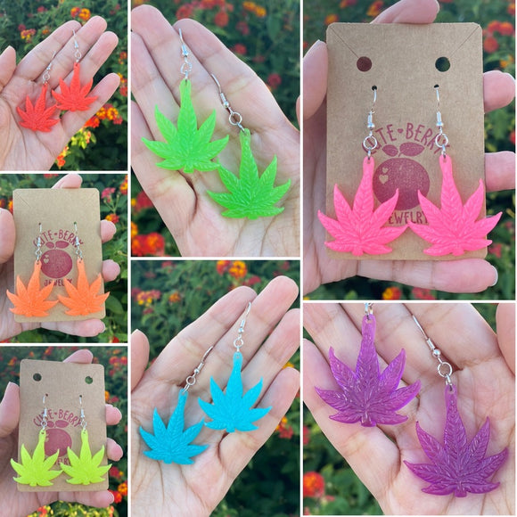 Resin 420 Weed Leaf GLOW IN THE DARK Small Dangle Earrings - Multiple Colors Available || 420 Stoner Gift || Handmade Marijuana Jewelry || Cannabis - Cute Berry Jewelry