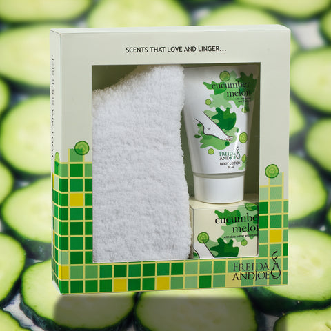 Gift Set - Foot Spa Sock Set In Cucumber Melon Fragrance