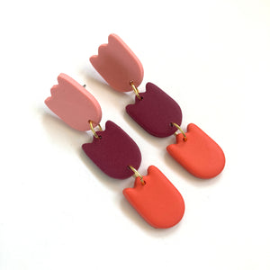 Colorblock tulips earrings red