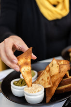 Load image into Gallery viewer, Spinach Artichoke Dip with Pita Chips