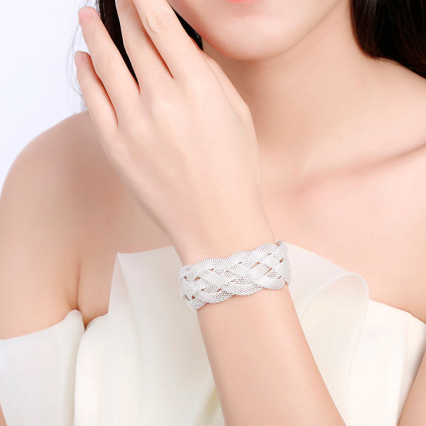 Wide Cross Mesh Chain Bracelet - Vitaezen
