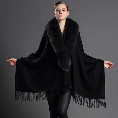 Black Wool Scarf with Tassels and Fox Fur