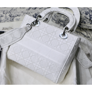 MEDIUM LADY D-LITE BAG White Cannage Embroidery