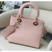 MEDIUM LADY D-LITE BAG Light Pink Cannage Embroidery