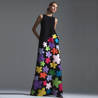 VONDA - Floral Appliqué Maxi Dress