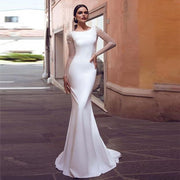 VERNGO - Ivory / 26W - Wedding Dress