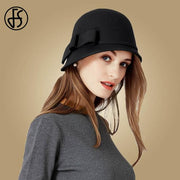 Vintage Cloche Hat With Bow and Buckle - Black Wool Fedora /