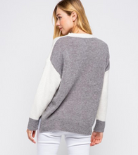 Load image into Gallery viewer, Jenny Sweater- Grey