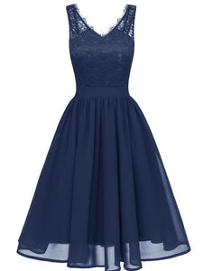 Flowergirl Vintage 1950s Strapped Hapqeelin Dress blue