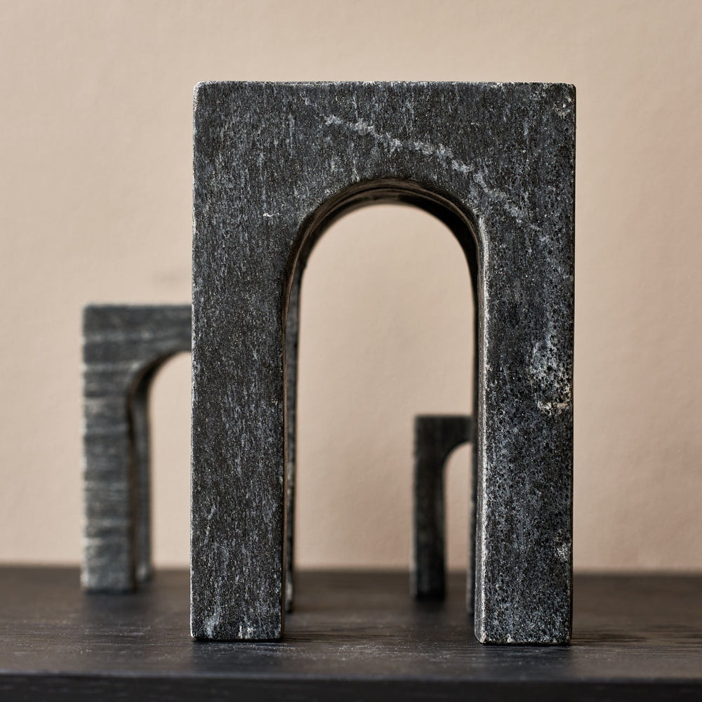 Arkis bookend black
