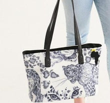 Load image into Gallery viewer, Tiger Stylish Tote