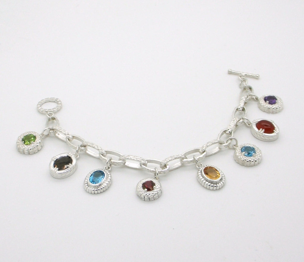 Mothers or Grandmothers Family Charm Bracelet