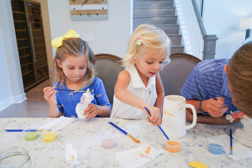 Painting pottery at home hobby