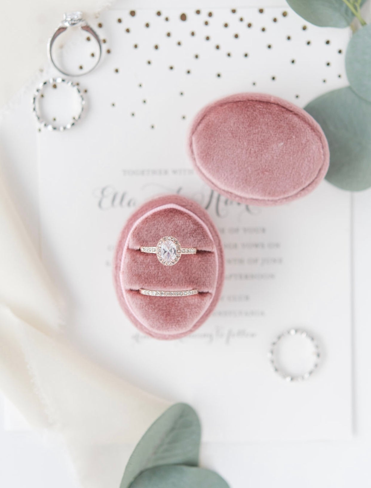 Blush Pink Velvet Oval Ring Box