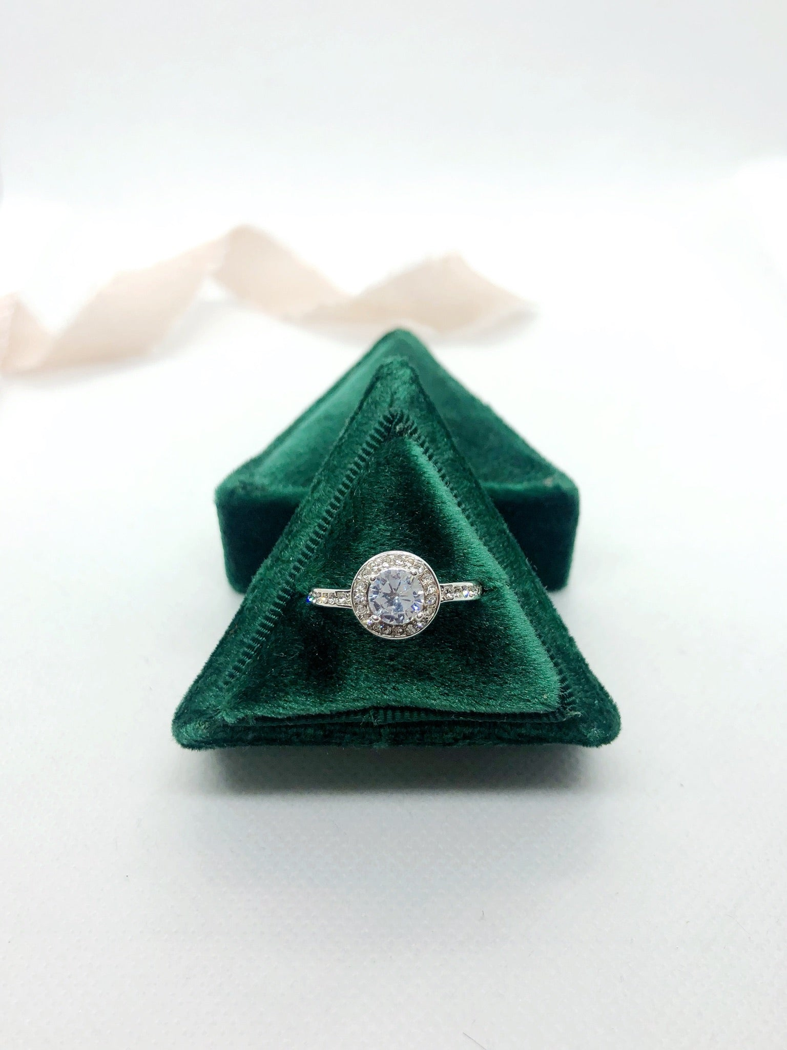Emerald Green Velvet Triangle Ring Box - Clearance