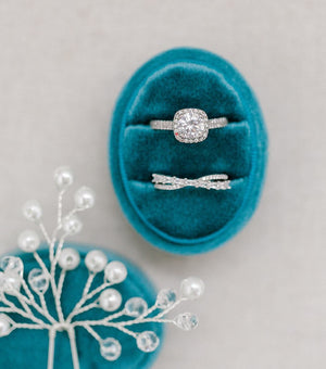 Turquoise Velvet Oval Ring Box - Clearance