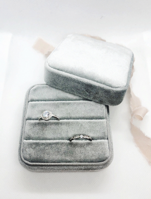 Silver Grey Large 3 Slit Ring Earring Case