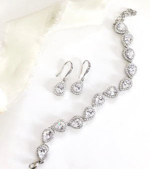 Lindi Silver Diamond Earrings and Bracelet Set