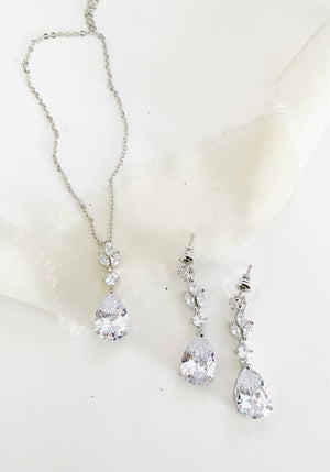 Alina Necklace and Earring Set