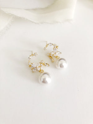 Serafina gold diamond and pearl earrings