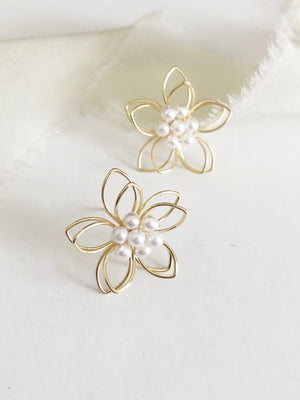 Cindy Pearl Gold Flower Stud Wedding Earrings