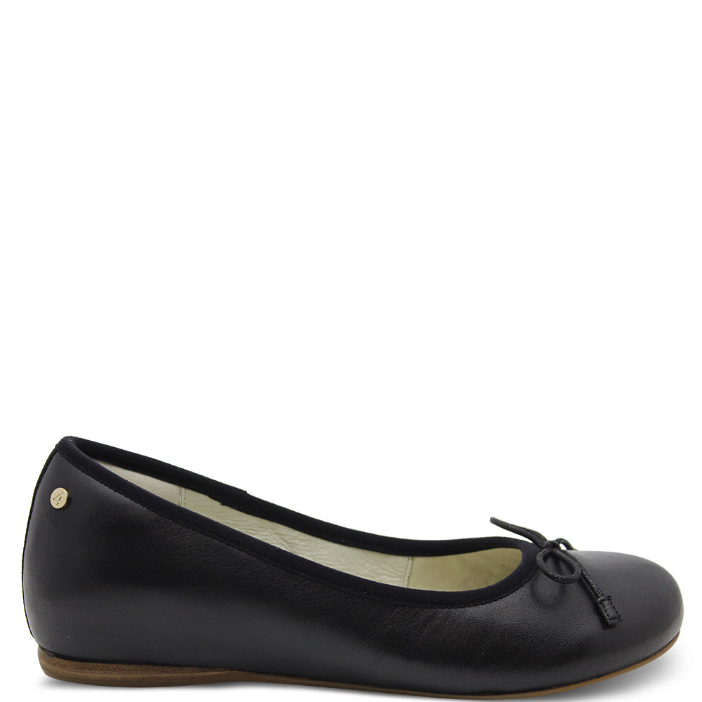 Frankie4 Elizabeth Women's Flat Black Court Shoe