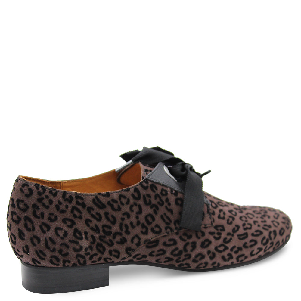 ZORKA WOMENS FLAT CASUAL