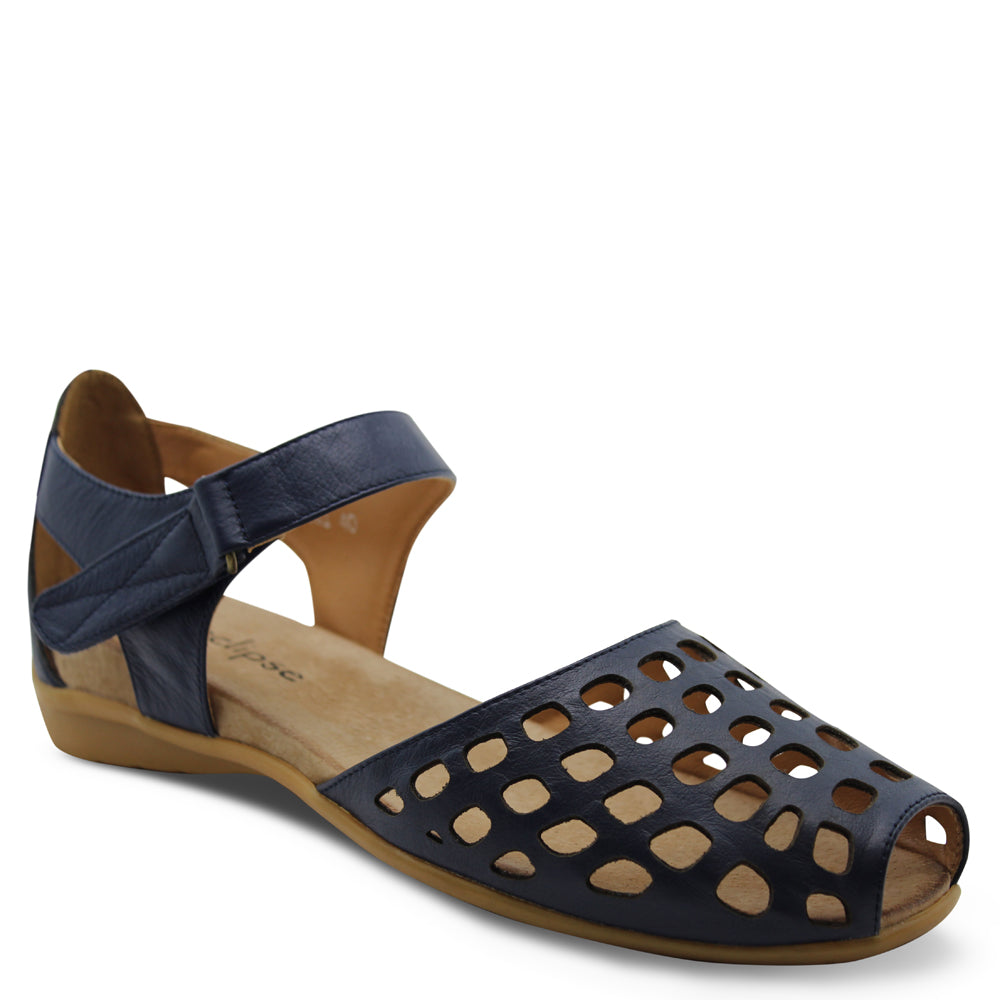 L'eclipse Daquiri womens Navy flat sandal