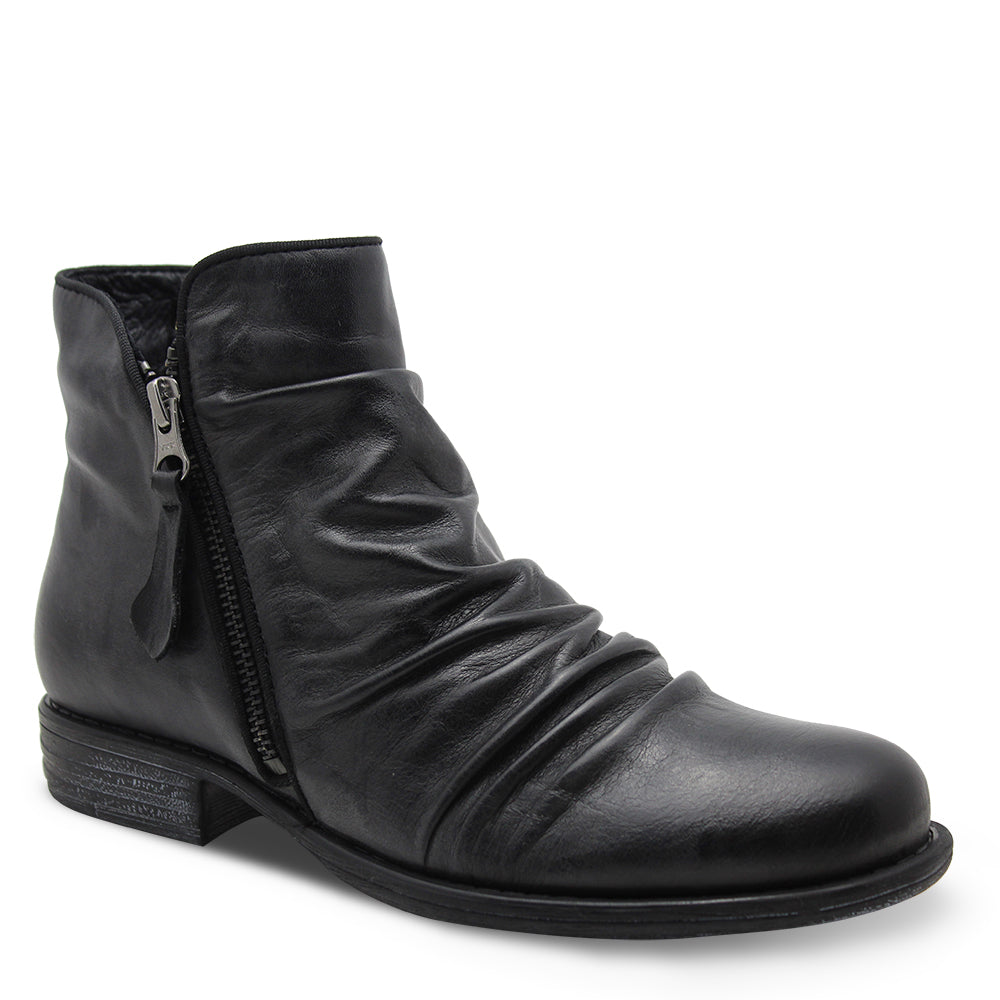 Eos Willet Black Womens Flat Boot