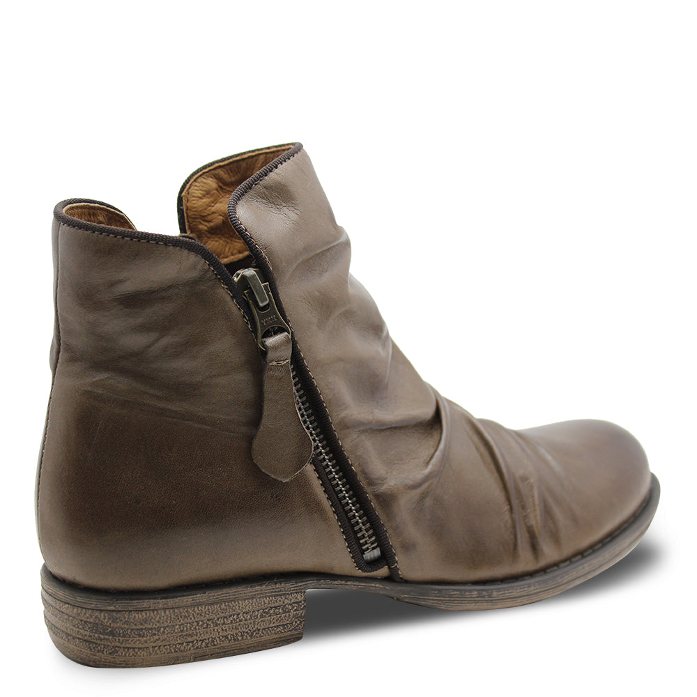 Eos Willet Kangaroo Womens Flat Boot