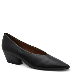Eos Hard Black Womens Heel Court