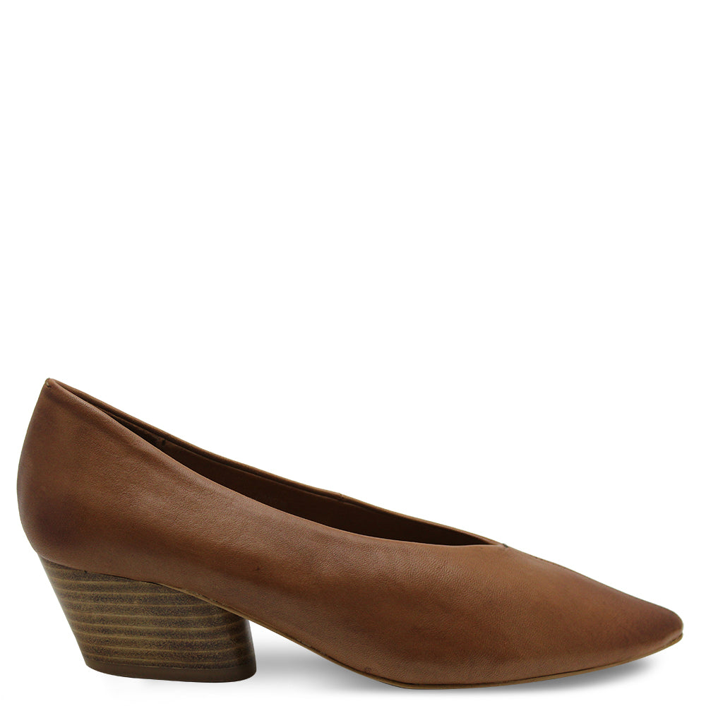 Eos Hard Womens Heel Court in Brandy