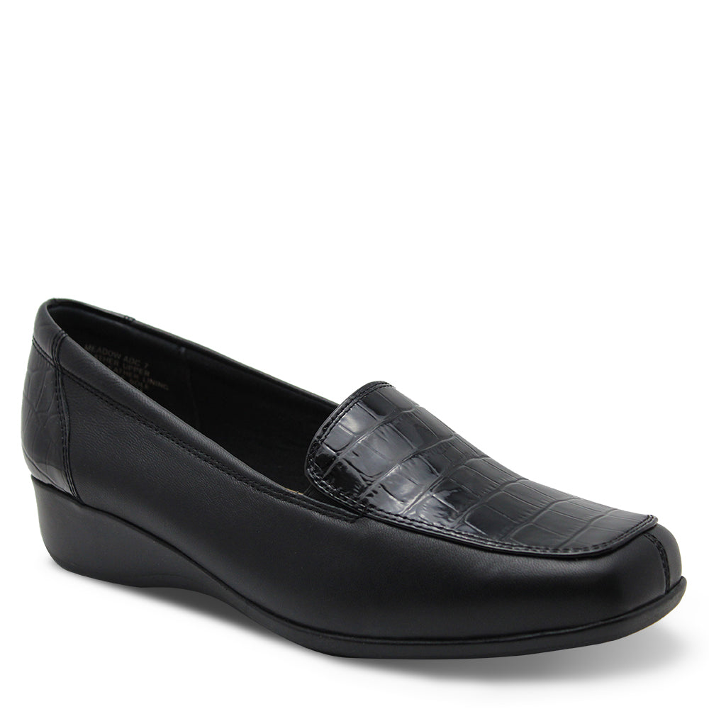 Hush puppie Meadow Black Womens Flat