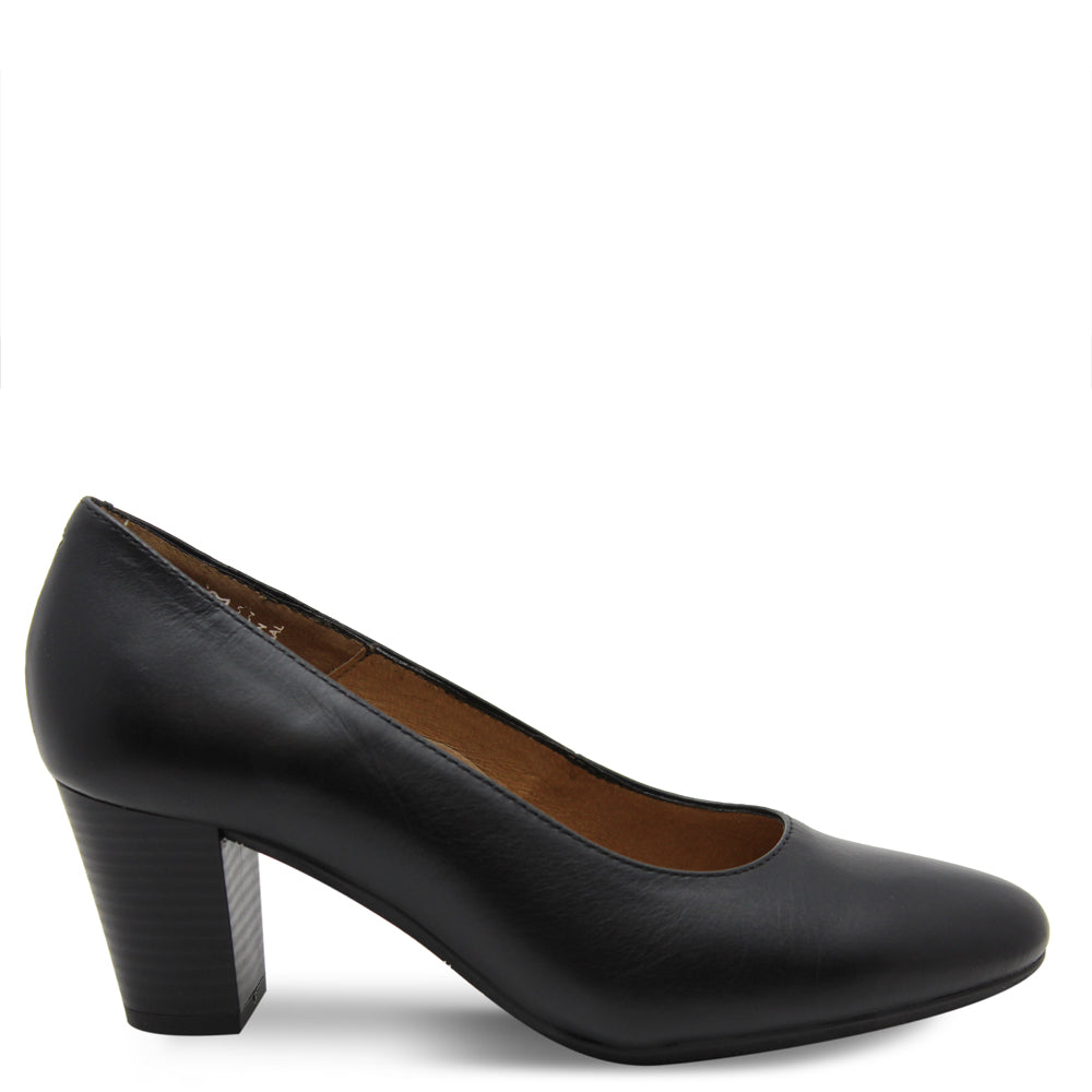 Hostess Aerobics 55 black heel court shoes black