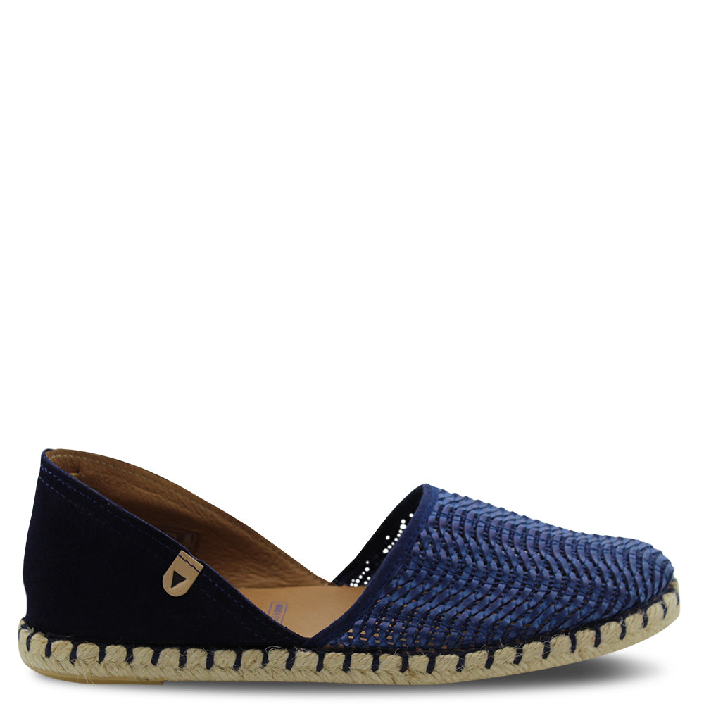 Neo Carmen womens flat shoes navy