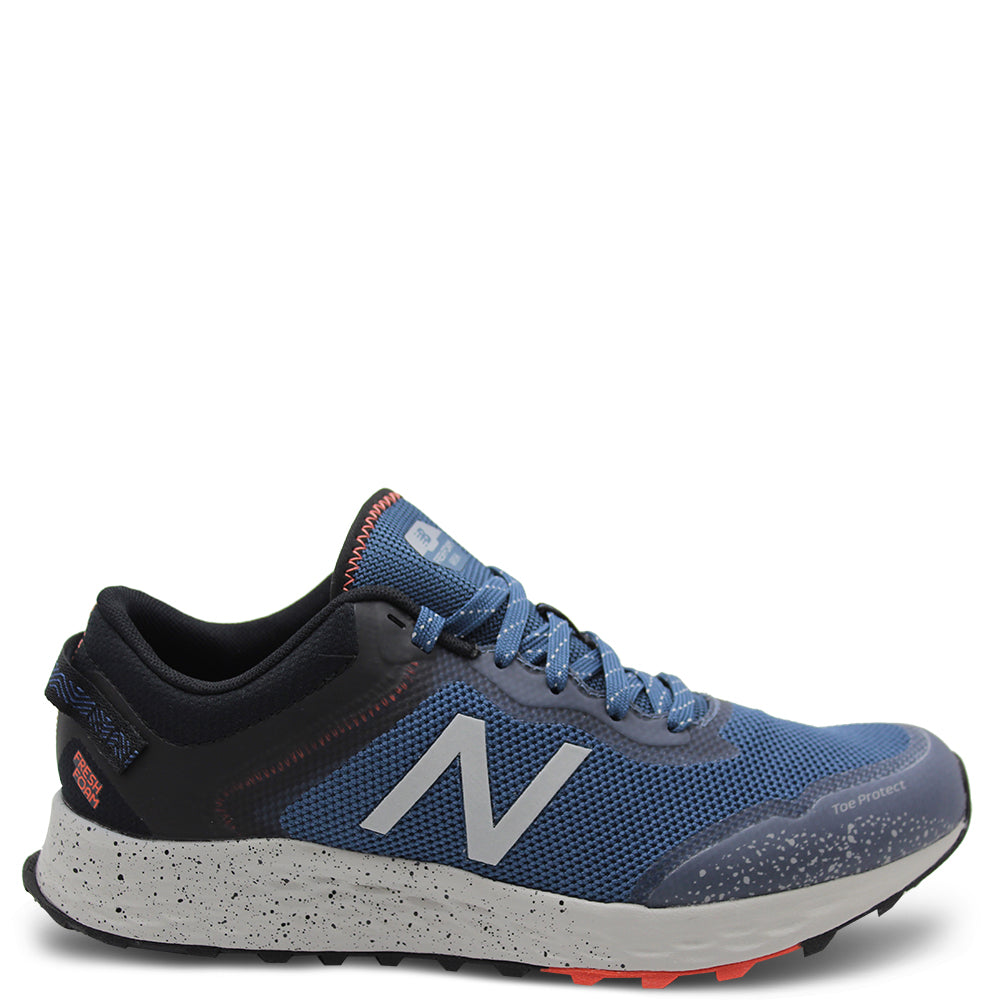 New Balance Arishi trail Mens Navy Runner
