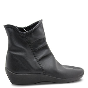 Arcopedico L19 Black Womens Boot