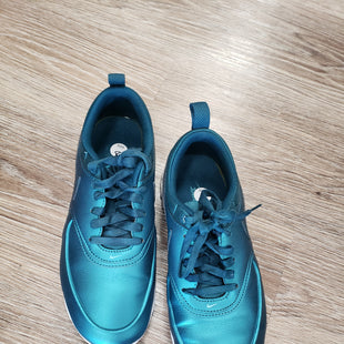 ATHLETIC SHOES BY NIKE SIZE 8 - TEAL.