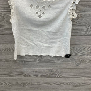 SLEEVELESS TOP BY MAX STUDIO SIZE M - WHITE .