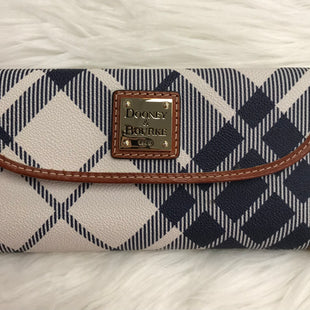 DESIGNER WALLET BY DOONEY AND BOURKE SIZE M - BLUE AND WHITE.