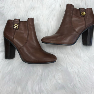 ANKLE BOOT SIZE 9 BY COACH - BROWN.