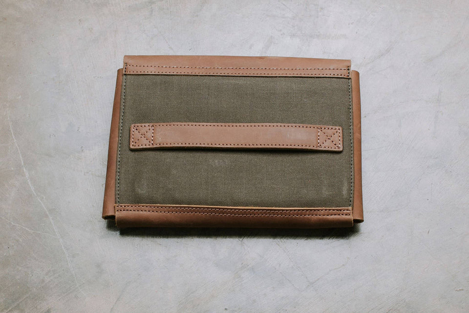 The Gadget Clutch - For The Organization Lover - Kelly Moore Bag