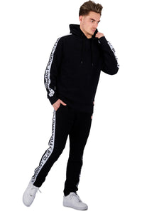 <b>PC204 jet black</b><br>Hoody<br>3D signature logo embroidery <br>