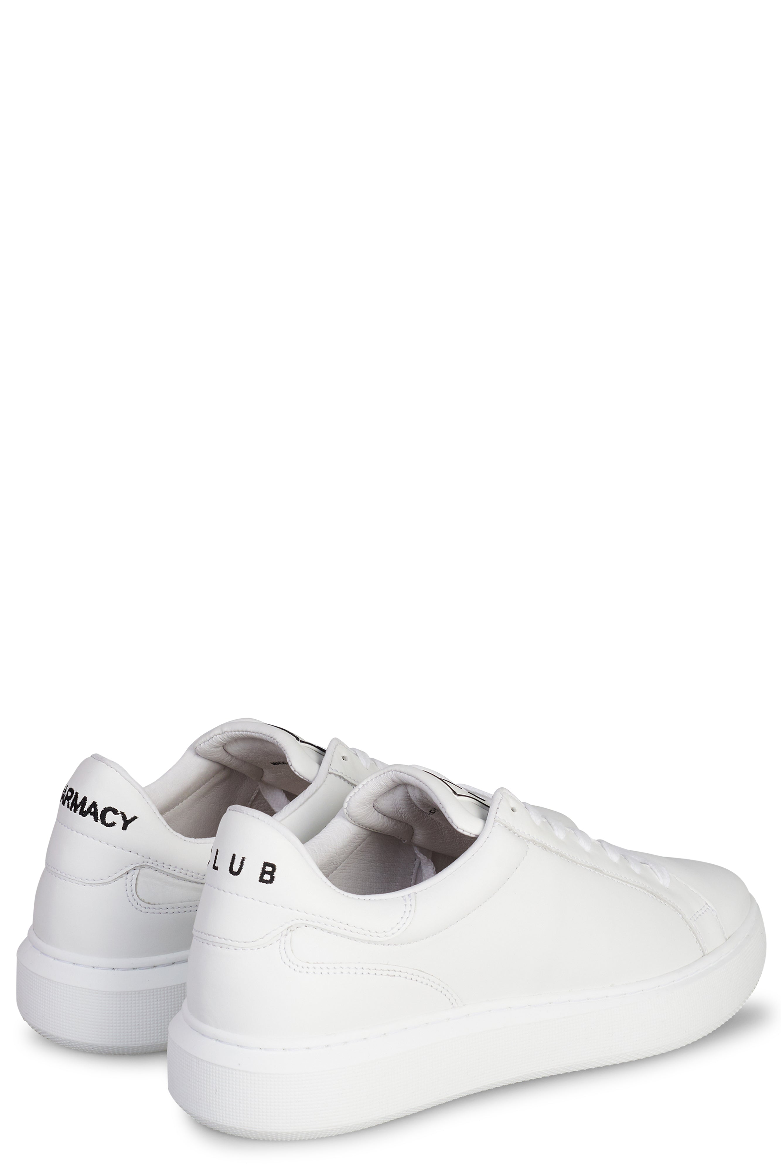 <b>PC401</b><br>Sneakers<br>classic<br>