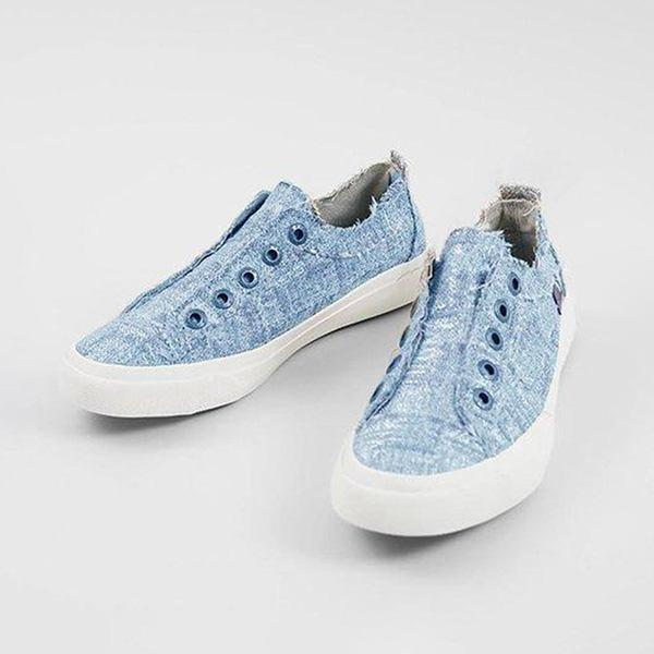 Shoedoes Light Wash Flat Round Toe Casual Sneakers