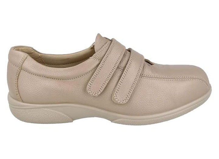 Womens Wide Fit DB Beverly Shoes
