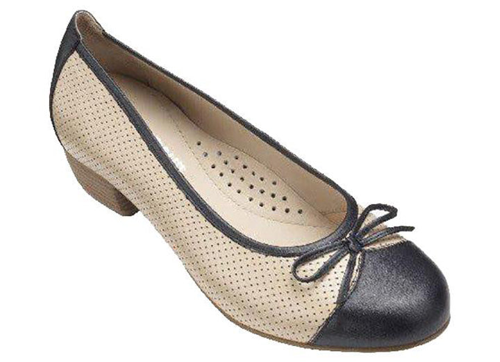 Womens Wide Fit DB Gillian Shoes