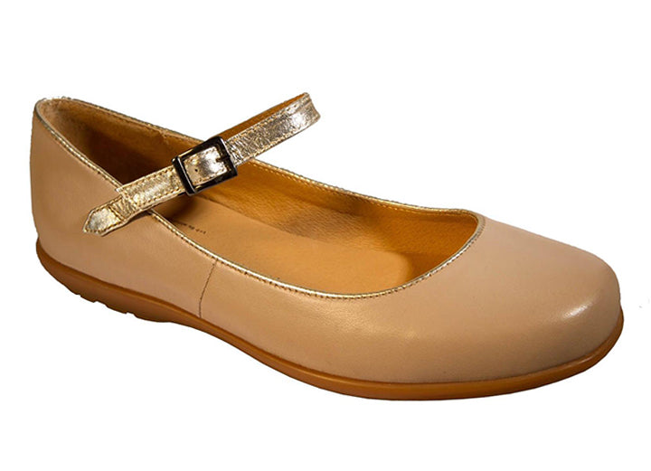 Womens Wide Fit DB Penzance Pumps